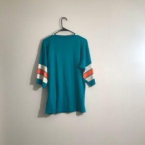 Garan Inc Shirts - Garan Inc Vintage 70's Graphic Tee Medium